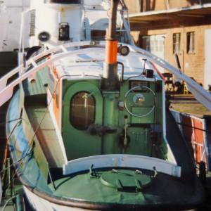 SRK Georg Breusing am Werftkai in Bremerhaven, 1988.