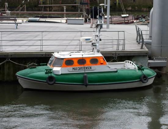 SRB Max Carstensen in der Hafen City, Hamburg